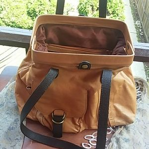 SOPHIA VISCONTI bucket hinge shoulder bag